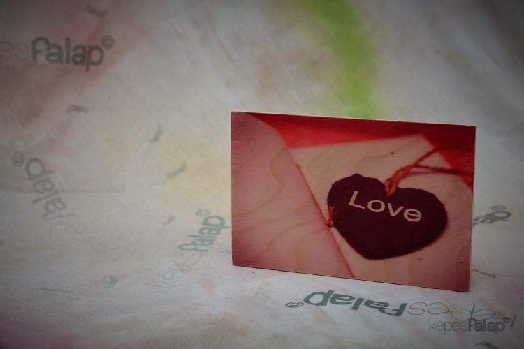 Szerelem képesFalap - Szív felirattal